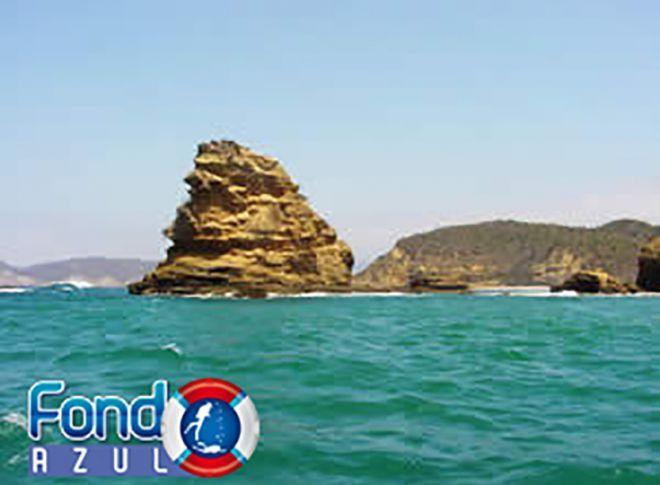 Punta Mala day tour